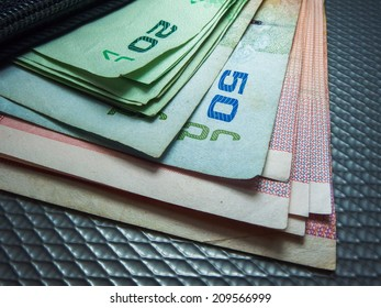Asian Money cash, coins and Banknotes