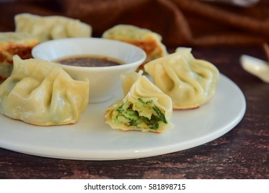 Asian Prawn Potstickers with Soy Sauce