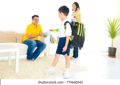 Asian primary school student ready to go to school