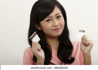 asian woman happy stop using credit card