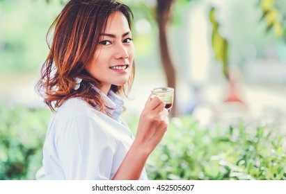 Asian woman smiling, Happy mood,focus on face