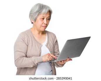 Asian woman use of laptop computer