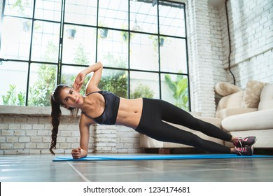 "Asian women exercising in the gym, she was pretending to ""plank"""