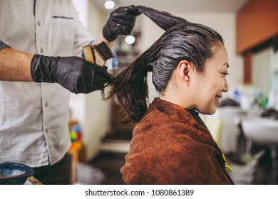 Asian women and hairdressers