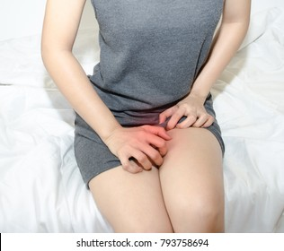 Asian women With itching Female genitalia Stinky from underwear is not dry. And discomfort  Sexually transmitted diseases,Asian women With itching female genitalia Sexually transmitted diseases,Stinky