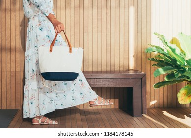 Asian young woman holding Canvas shopping bag ,Woman in shopping. Happy woman with shopping bag canvas  enjoying concept background, vintage tone.