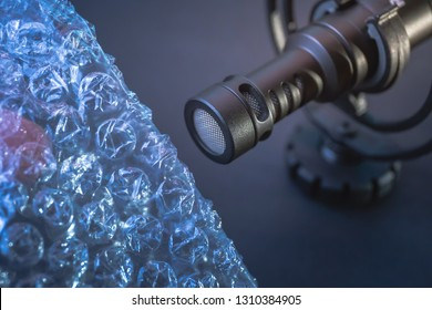 ASMR - microphone and bubble wrap - Autonomous Sensory Meridian Response