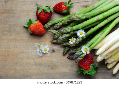 Asparagus, strawberries and daisies