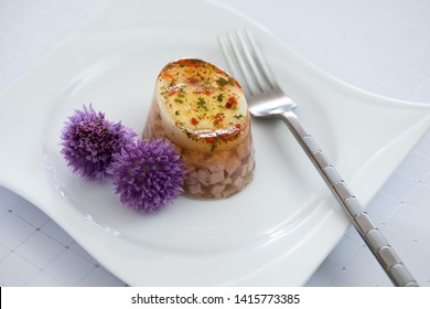 aspic to ham and egg