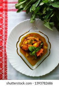Assamese style fish curry (jika masor jul)fish,ridge gourd curry
