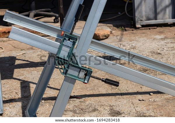 assembly-structure-aluminum-profile-alig
