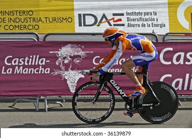 ASSEN, THE NETHERLANDS - AUGUST 29: Team Rabobank starts in the first stage of the 2009 la Vuelta on August 29, 2009 in Assen, The Netherlands