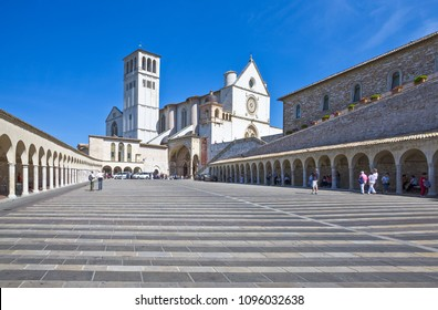Assisi, Italy - May 21,2009: Visitors in the St.Francesco basilica entrance