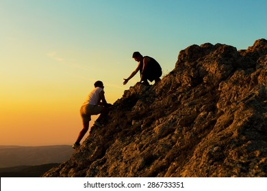 Assistance, Mountain Climbing, Rock Climbing.