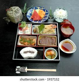 Assorted Bento Suki