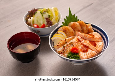 assorted of delicious  japanese donburi