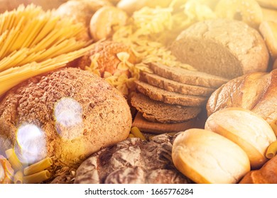 The assortment of baked fresh bread on the desk