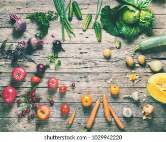 Assortment Fresh Organic Vegetables Scattered Wooden Background Rainbow Colored Nature Country Style Market Concept Local Garden Produce Clean Food Eating Dieting Toned