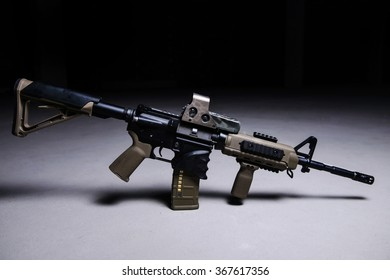 Assult automatic rifle with collimator sight/Assult automatic rifle