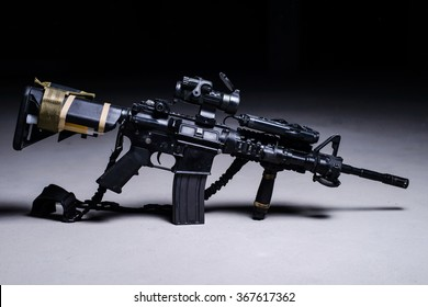 Assult automatic rifle M4 with optical sight/Assult rifle