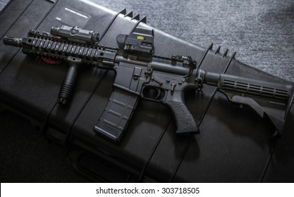 assult rifle on the rlfle case