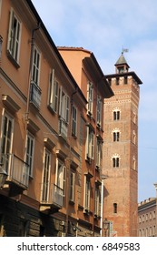 Asti (Piedmont, Italy) - Ancient buildings: a tower and palaces