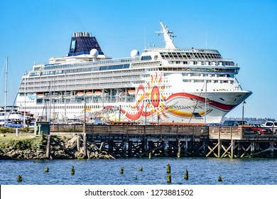 Astoria, Oregon - October 3, 2017: Norwegian Sun Cruise Ship docked in Astoria, Oregon