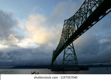 Astoria-Meglar bridge in Astoria, Oregon at dusk on a cloudy day