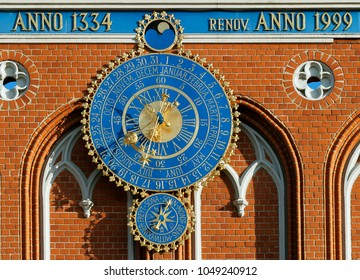 Astronomical clock on the House of Blackheads, Riga