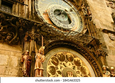 Astronomical dial and Animated figures of the Prague astronomical clock