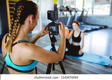 Athlete Blogger making a video