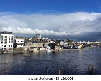 Athlone and Bigmeadow, March 06, 2016: Athlone (Dance Átha Luain in Irish), is a charming town located along the Shannon River, at the southern end of Lake Ree.