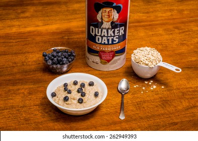 ATLANTA, GEORGIA - March 20, 2015: Photo of a healthy breakfast. Quaker Oats is part of a high-fiber heart-healthy breakfast.
