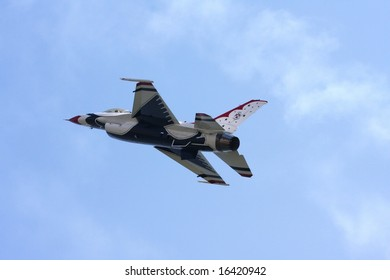 """ATLANTIC CITY - August 20: Members of the US Air Force Thunderbirds Perform at """"Thunder Over The Boardwalk"""" air show August 20 2008 Atlantic City, NJ"""