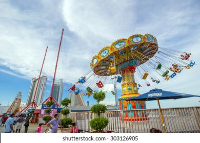 ATLANTIC CITY -AUGUST 3: The famous Steel Pier in Atlantic City, USA on August 3, 2015. Atlantic City's Steel Pier is sold for USD $4.25 million in AUG 2011 to Catanoso family.