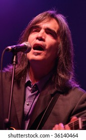 ATLANTIC CITY, NJ - AUGUST 29: Musician Larry Campbell performs with the Levon Helm Band at The Borgata Hotel & Casino on August 29, 2009 in Atlantic City, NJ.