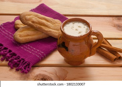 (Atol de elote) traditional drink of Guatemala, made of corn and cinnamon.