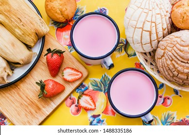Atole de fresa, mexican traditional beverage and bread, Made with strawberries in Mexico