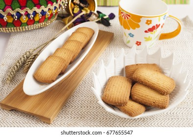 atta biscuits in beautiful biscuits bowl & tray