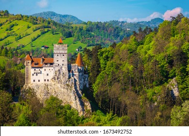Attractive antique location with majestic Dracula castle on the high cliffs, Bran, Transylvania, Romania, Europe