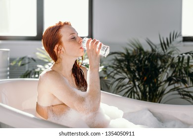 299aaf35663 Elements Bathroom Stock Photos, Images & Photography | Shutterstock