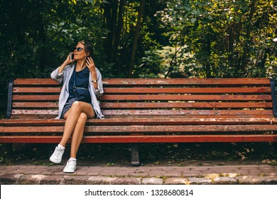 Marvelous Old Ladies On Bench Images Stock Photos Vectors Camellatalisay Diy Chair Ideas Camellatalisaycom