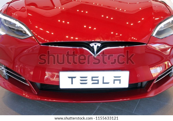 AUCKLAND - AUG 12 2018:The insignia of Tesla on the front bonnet of the plug-in electric car Model S. The company's Model S was the world's best-selling plug-in electric car in 2015 and 2016