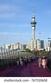 AUCKLAND - DES 02 2017:Traffic on Auckland pink Lightpath.In 2016 The World Architecture Festival announced Te Ara I Whiti as the winner of the transport category at it  at its annual awards in Berlin