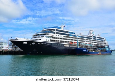 AUCKLAND - JAN 31 2016:Sea fuel tanker, Awanuia, refuelling a Cruises ship.Seafuels provides refuelling vessel service for cruise ships, commercial and container ships calling at the Port of Auckland.