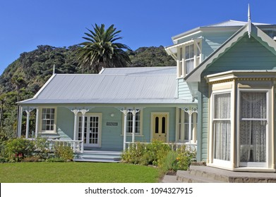 AUCKLAND - MAR 10 2018:Couldrey House Historic  building in Wenderholm Regional Park, north of Auckland, Waiwera, Rodney District, Auckland Region, New Zealand.