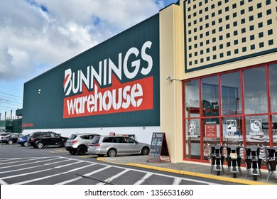 Auckland / New Zealand - April 2 2019: Cars parked in front of Bunnings Warehouse East Tamaki mega store