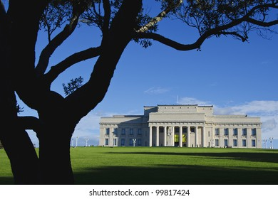 AUCKLAND, NEW ZEALAND - APRIL 7: Auckland War Memorial Museum on 7 April, 2012.  The museum is the most popular visitor attraction in New Zealand's largest city (population 1.5 million)