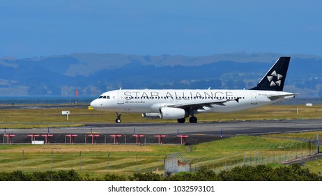 AUCKLAND, NEW ZEALAND - DECEMBER 17: Air New Zealand A320 in Star Alliance livery taxiing at Auckland International Airport on December 17, 2017 in Auckland