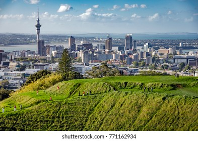 AUCKLAND, NEW ZEALAND - FEB 2 : Auckland city skyline photographed from Mount Eden volcano on 2 February, 2007 in Auckland, New Zealand.